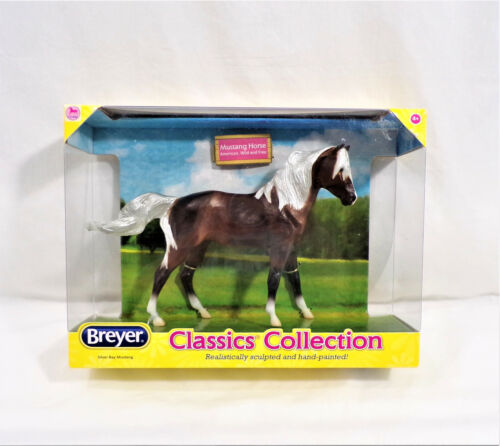 Breyer SILVER BAY MUSTANG Brown Horse CLASSICS COLLECTION  #934 1:12  2012  NEW