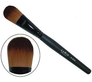 LyDia-foundation-cosmetic-makeup-brush-F010