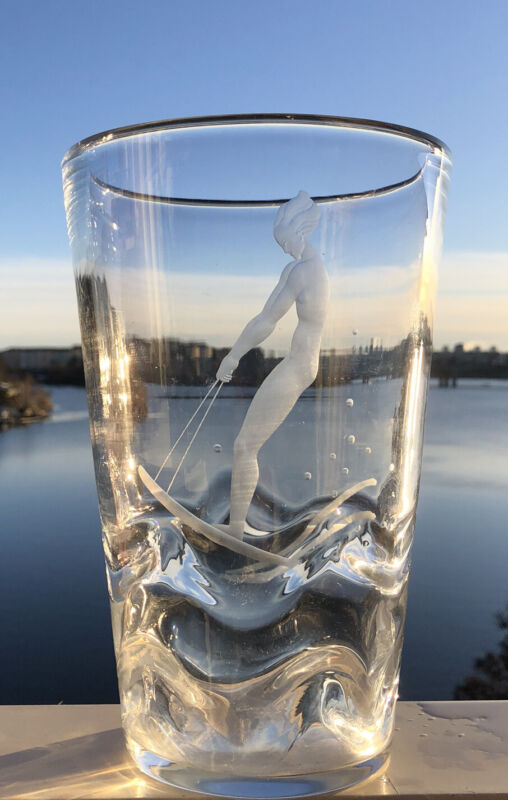 Signed VICKE LINDSTRAND ORREFORS Etched Riding Water Skis Nude Woman Glass Vase