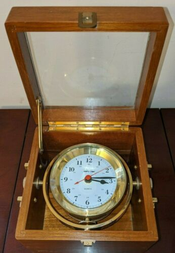 ANTIQUE QUARTZ SHIPS TIME MARINE CHRONOMETER SHIP CLOCK NAVIGATION WOOD BRASS