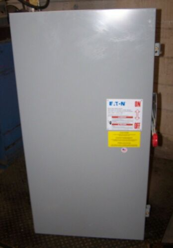 NEW EATON CUTLER HAMMER 400 AMP FUSIBLE SAFETY SWITCH NEMA 1 600 VAC  DH365NGK