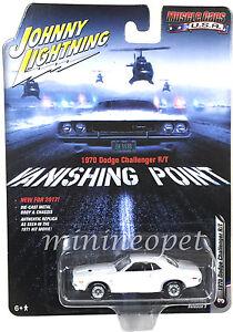 JOHNNY LIGHTNING  JLCP6001 VANISHING POINT 1970 DODGE CHALLENGER R/T 1/64 WHITE