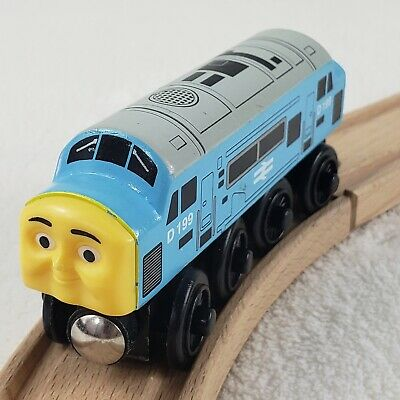 D199 Diesel train engine Thomas & Friends Wooden Railway 2003 Learning Curve