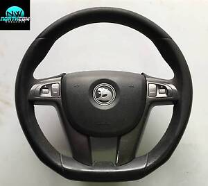 VE HOLDEN HSV LEATHER STEERING WHEEL COMPLETE WITH AIRBAG Malaga Swan Area Preview