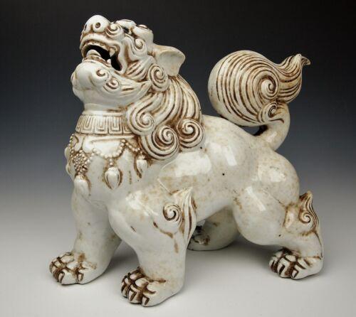 EXQUISITE ANTIQUE JAPANESE SHISHI STATUE Porcelain Guardian Lion Dog Hirado