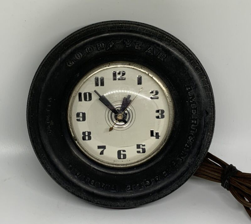 VINTAGE SMALL GOODYEAR RUBBER TIRE WALL CLOCK