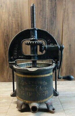 Enterprise 6 Quart No 31 Lard Press Cast Iron Sausage Stuffer Fruit Apple Cider