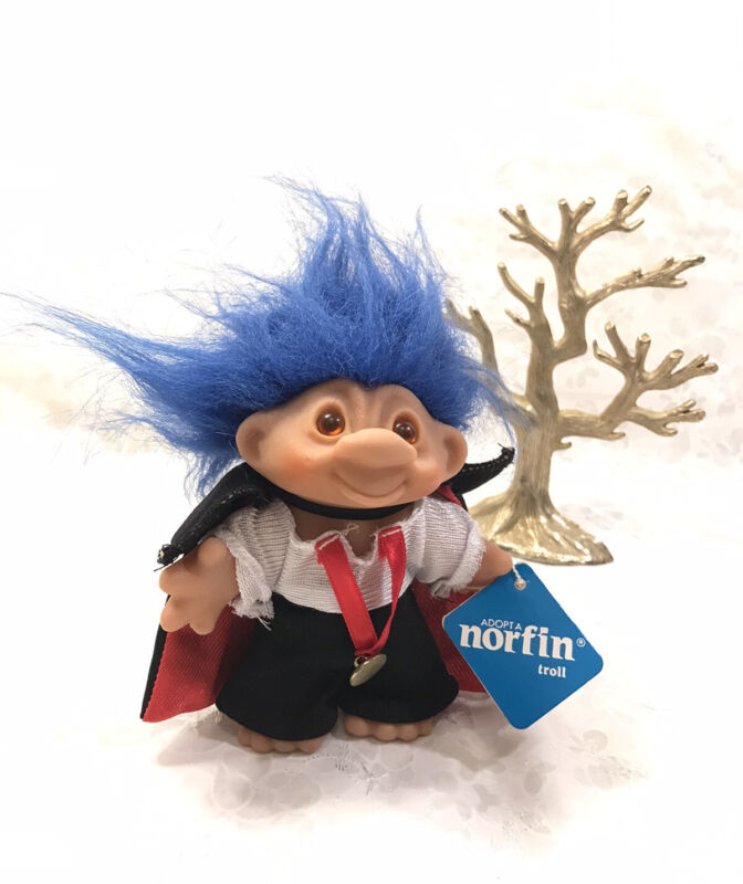 "Vintage 1986 Dam Norfin Troll Count Norfula / Vampire - 5"" Blue Hair - With Tag"