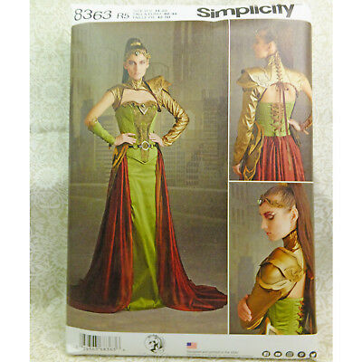 Evil Queen Costume Plus Size (Simplicity 8363 Cosplay Fantasy Evil Queen Gown Costume Sewing Pattern 14-22)
