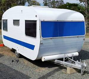 1968 VINTAGE CLASSIC RETRO FRANKLIN 14ft CARAVAN, AWNING, Burpengary Caboolture Area Preview