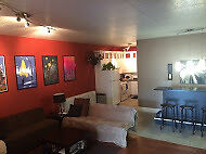 2 Bedroom  downtown executive apartment Available Sept 1
