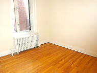 Great Two bedroom Apt.on Prince Arthur- Plateau / Downtown
