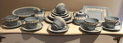 Wedgwood Cream On Lavender 21 Piece Tea Set - Rare Pattern