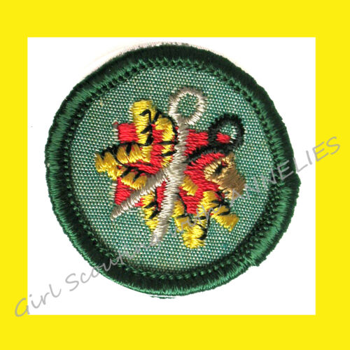 SEWING SEAMSTRESS 1960-62 ONLY Intermediate Girl Scout RARE Badge Combine Ship