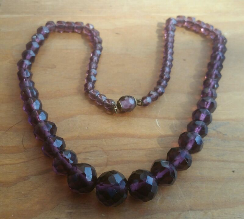 Vintage Faceted Graduated Amethyst Glass  Bead Beaded Necklace