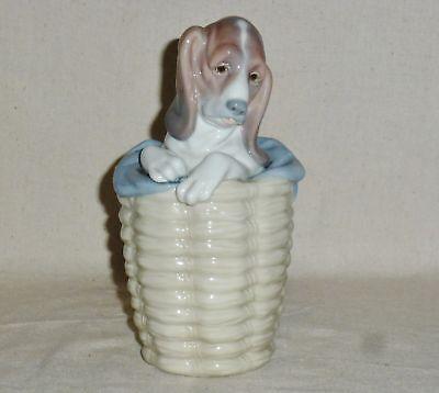 "Lladro Dog In A Basket #1128 (7 1/2"" tall)"
