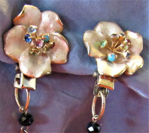 Vintage Floral Enamel & Rhinestones Sweater Dress Scarf Guard Collar Clip (50