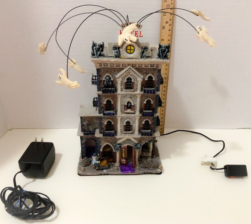 Lemax Spooky Town Halloween Animated GRIMM HOTEL Sounds Lighted Movement