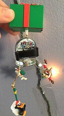 LOONEY TUNES Solar Motion Christmas Ornament Bugs Bunny Tazmanian Devil Daffy