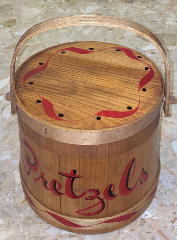 """Vintage circular wood slat harvest basket Handles Lid """"Pretzels"""" design 11"""""""