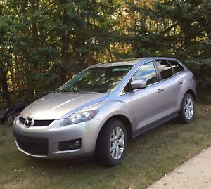 Mazda CX-7 SUV, AWD, heated leather seats.