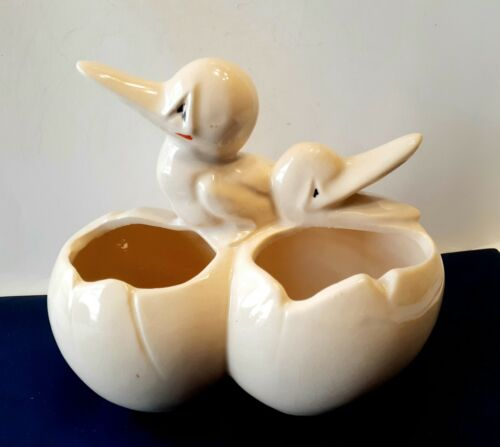 McCoy California Pottery Ceramic Planter figurine baby Bird Pelican  Eggs
