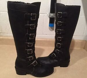 Women's Pepper Leather Boots Size 5.5 M