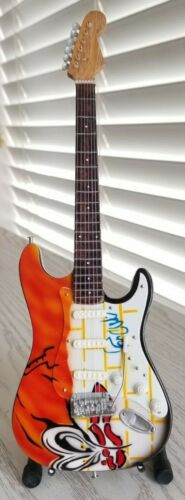 Pink Floyd The Wall Miniature Tribute Guitar with Stand - MCA 093