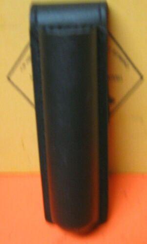 SAFARILAND 306-1 STX DUTY POUCH  HOLDER FOR STREAMLIGHT STINGER EXCELLENT