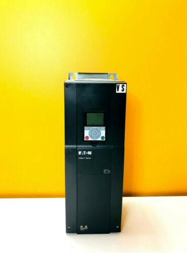 Eaton HMX34AG06121-N 380-480VAC 58.3A 3PH 40HP Variable Frequency Drive. Tested!
