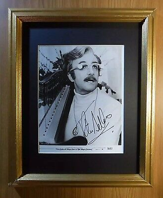 PETER SELLERS PINK PANTHER RARE THE MAGIC CHRISTIAN SIGNED 8x10 AUTOGRAPHED