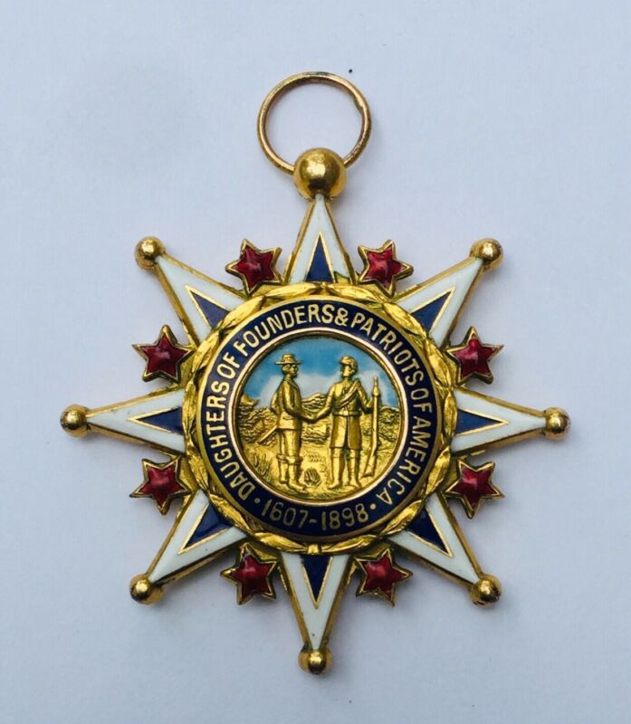 Enamel & Gold Daughters Of Founders & Patriots Of America 1607-1898 Name & Date