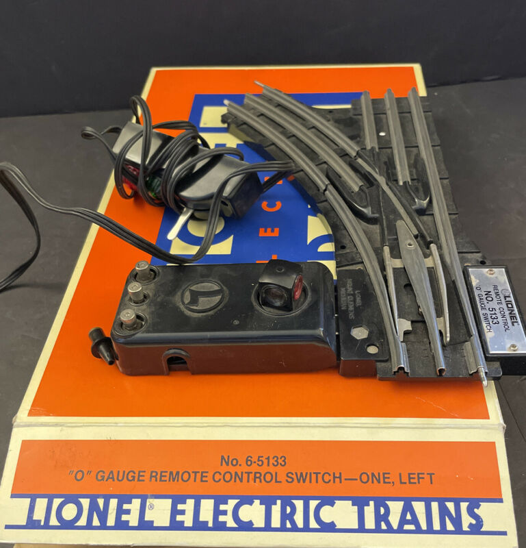 """Lionel # 6-5133 """"O"""" Gauge Remote Control Switch - Left  with box."""