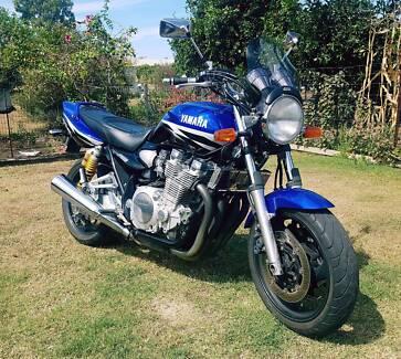2002 Yamaha XJR-1300