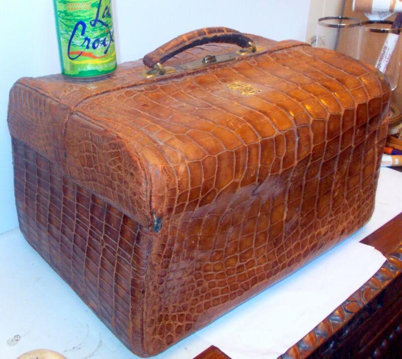 RARE Antique Doctor Medical Bag LEUCHARS Piccadilly LONON  Crocodile Alligator