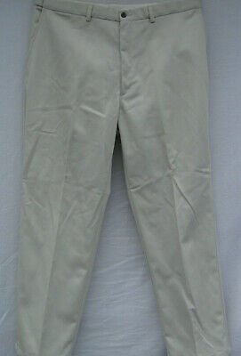 Haggar men Comfort Equipped classic american fit Pants Mens Size 40x32 beige