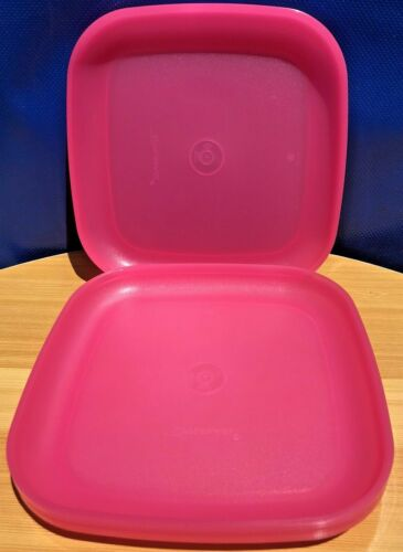 "Tupperware Plates Set of 4 Luncheon Size 8"" /20cm Square Gorgeous Pink Brand New"
