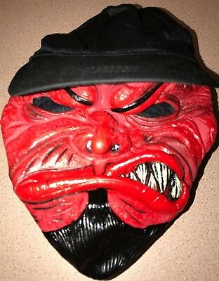 BOYS MEN RED DEVIL HALLOWEEN MASK WEARING BASEBALL CAP HAT one - Baseball Halloween Mask