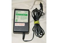 TOSHIBA AC ADAPTOR POWER SUPPLY MODEL AD-121ADT 120V AC 60Hz 25W 12V DC 1A #B8
