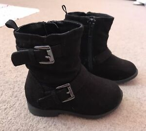 Baby Girls Boots (sz 5)
