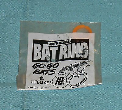 vintage Halloween OFFICIAL BAT RING Go-Go Bats in package