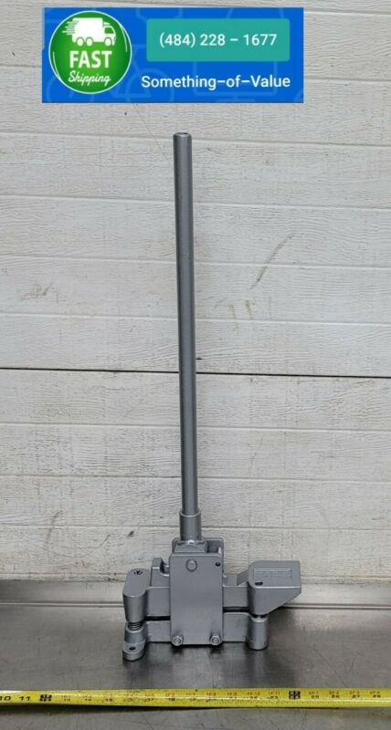 "GREENLEE 1811 LITTLE KICKER 3/4"" EMT ELECTRICAL OFFSET CONDUIT BENDER #1"