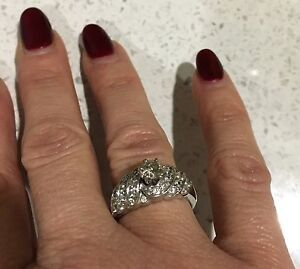 Gorgeous Diamond Ring Dural Hornsby Area Preview