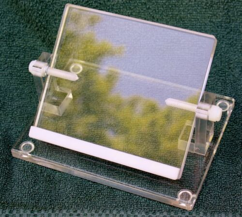 """NEW! EMS """"Electron Microscopy Sciences"""" Adjustable Well Plate Stand 70493-01"""