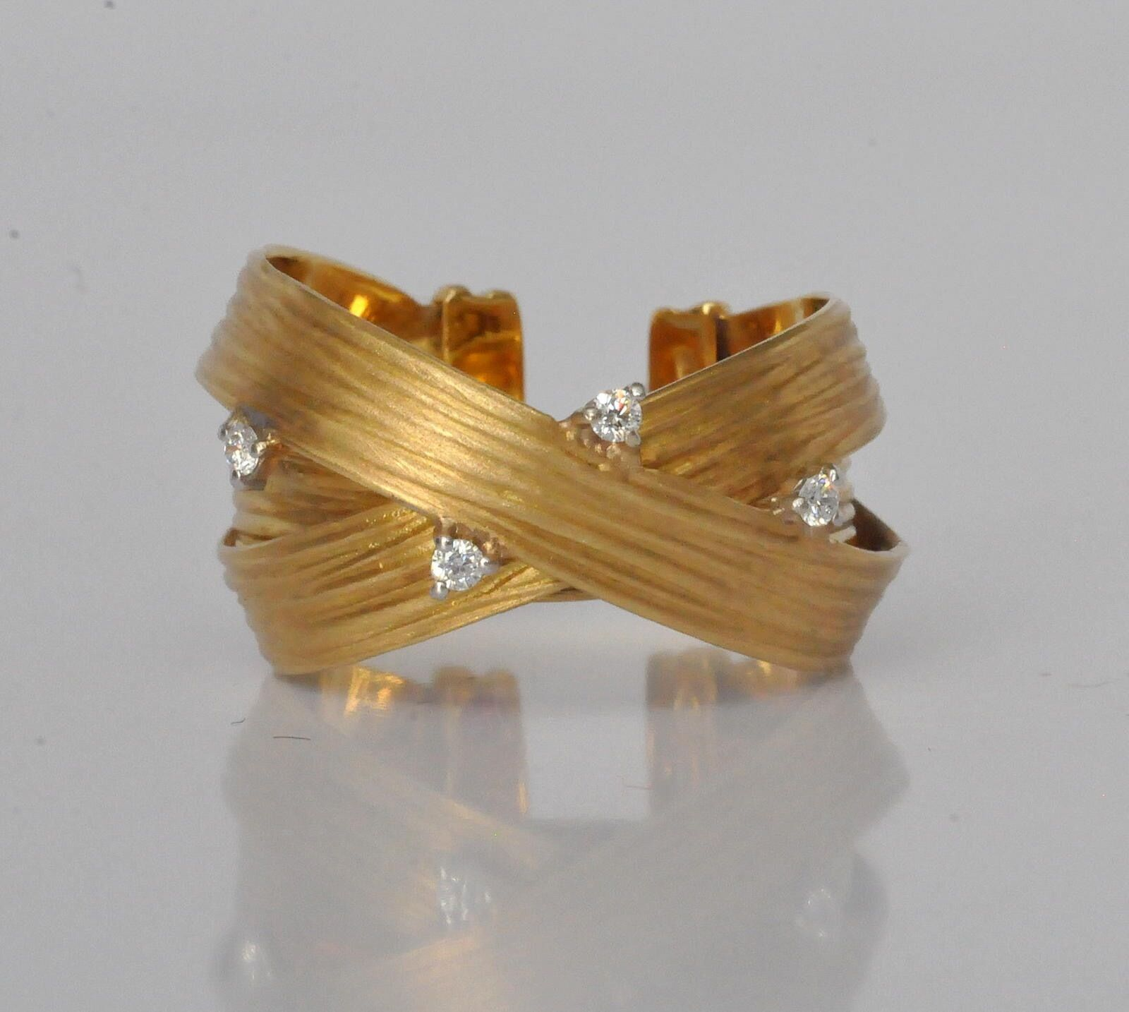 Roberto Coin Crossover Diamond Ring Sz 7-8 Yellow Gold  New
