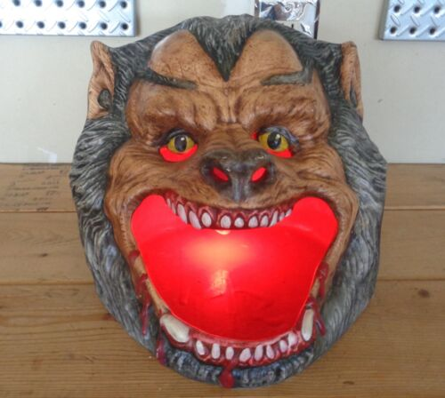 HALLOWEEN Hand Made OOAK Ceramic WEREWOLF HEAD Light CREEPY SPOOKY PROP