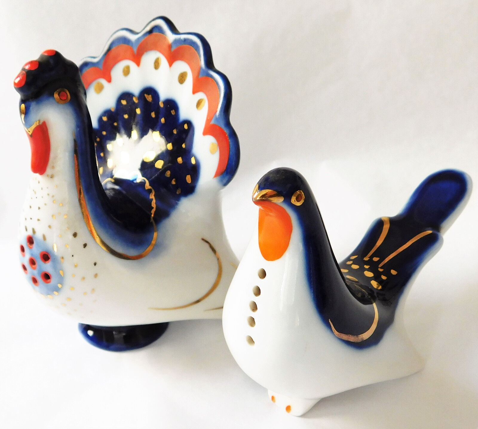 2 Lomonosov pottery peacocks vintage Russian Salt and Pepper shakers pots birds