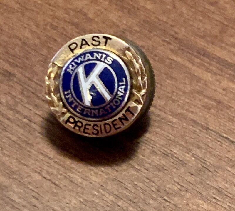 Kiwanis International 14K Gold Small Pin Past President