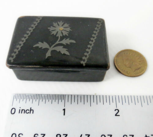 Beautiful antique Georgian Paper Mache silver Inlaid Snuff Box 1.8x1.25 190 year