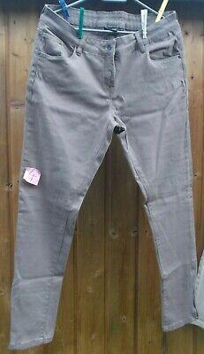 Schrittlänge Jeans (Jeans Esmara Gr.44 Schlamm Neu Schrittlänge 77 cm Bundweite 41 cm stretch)